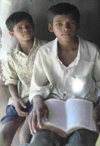 Enfants Dalits © uniprayerforum.wordpress.com