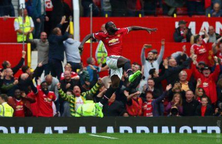jet d'encre Romelu Lukaku, victime d'un chant de supporters à sa gloire