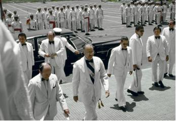 Anastasio Somoza Debayle (au centre) – dictateur déchu en 1979 © magnumphotos.com