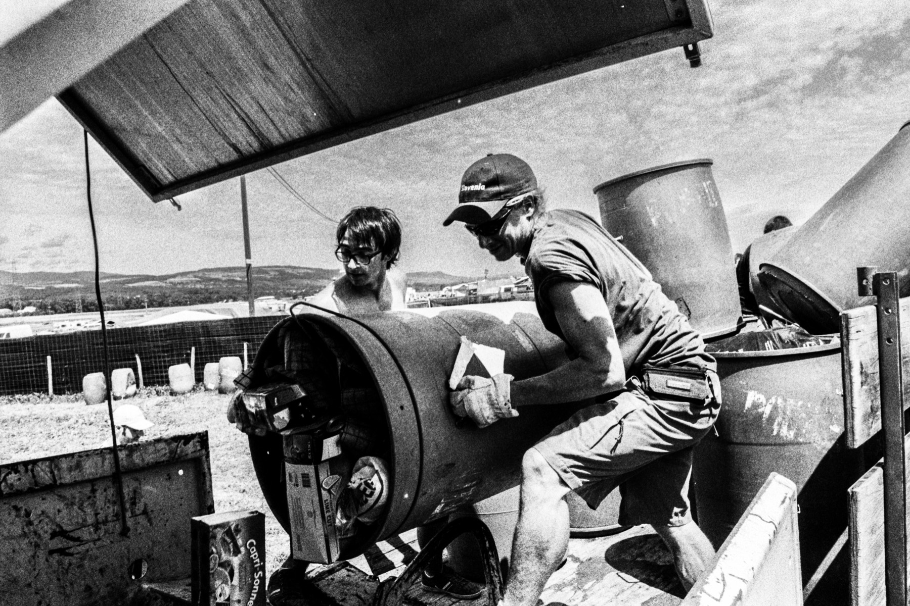 Réalisation d'un Web-documentaire sur la vie des nettoyeurs bénévoles du Paléo Festival de Nyon