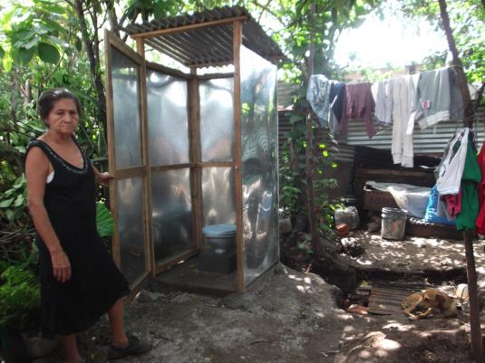Exemple de toilettes après le projet © Diego Prieto Merino