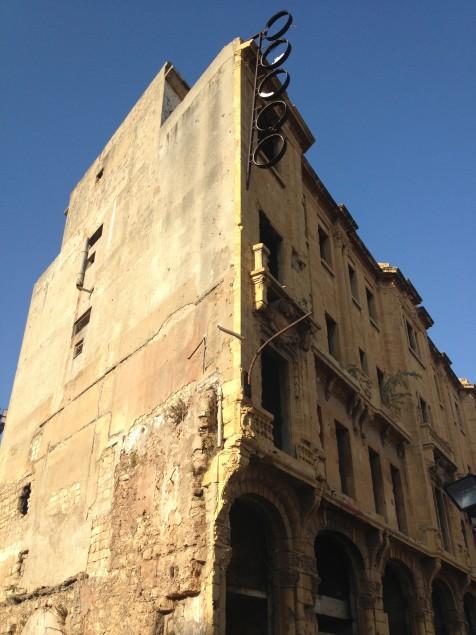Dowtonwn Beyrouth. 2013: Le spectre de la guerre est partout (malgré les travaux de Solidere et Hariri pour tout rénover !) (c) Yasmina Tippenhauer