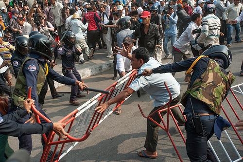 Violences lors d'une manifestation en janvier 2014. © Luc Forsyth.