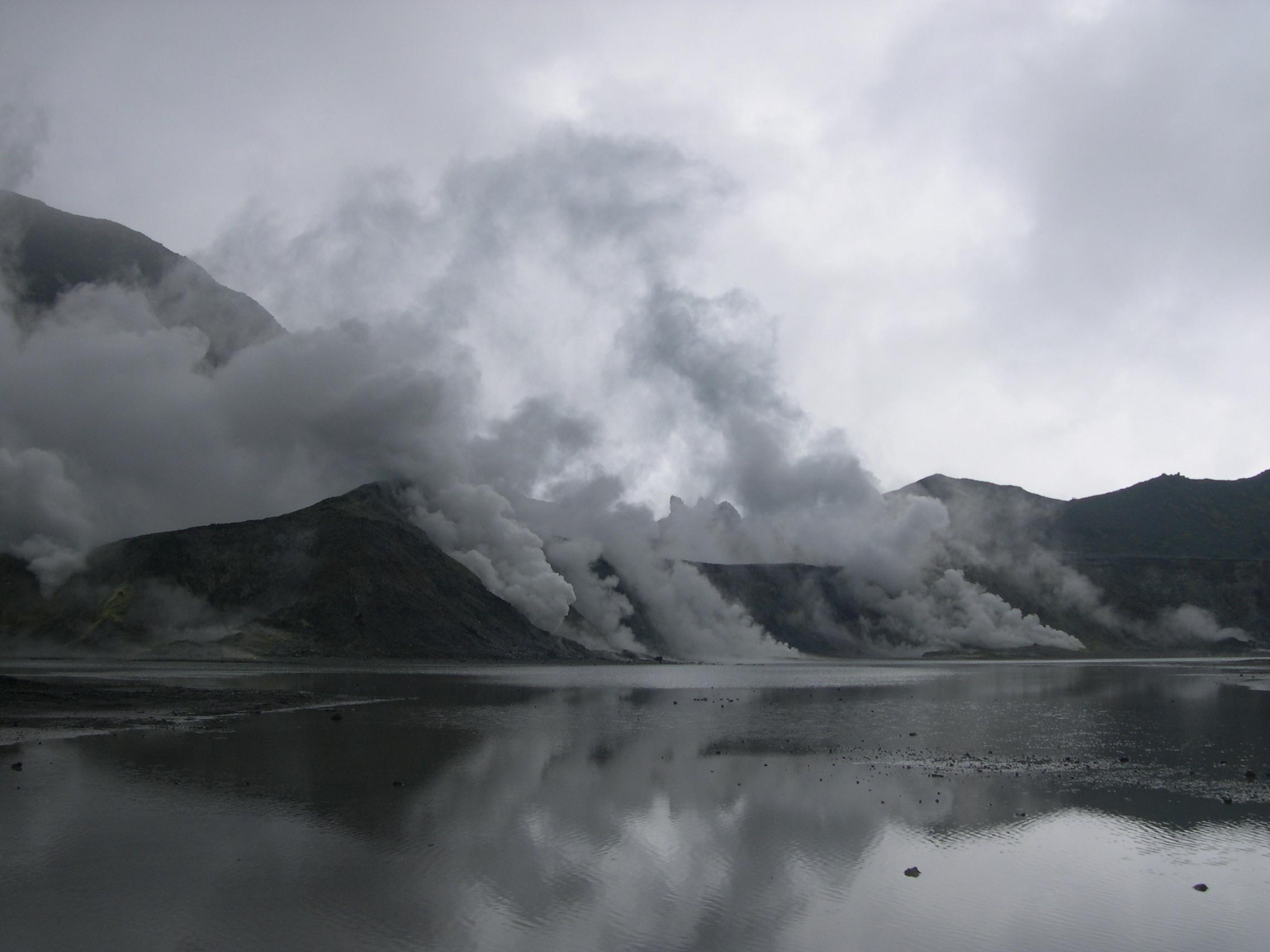 Choragraphies 1 – Gunung Kaba (Sumatra), un champ d'expérimentation pour les spéculations métaphysiques ?