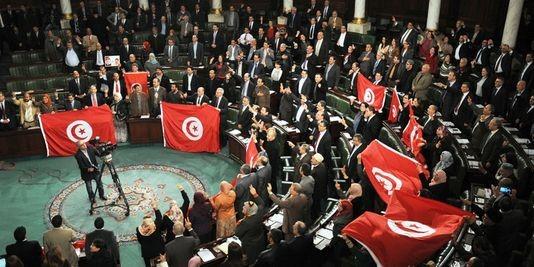 Premières élections législatives libres en Tunisie : entre conformisme et le courage d'une «troisième voie»