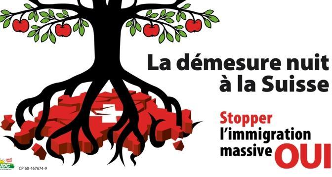 """Affiche de l'UDC dans le cadre de la campagne en faveur de l'initiative """"contre l'immigration de masse"""", votée le 9 février 2014"""