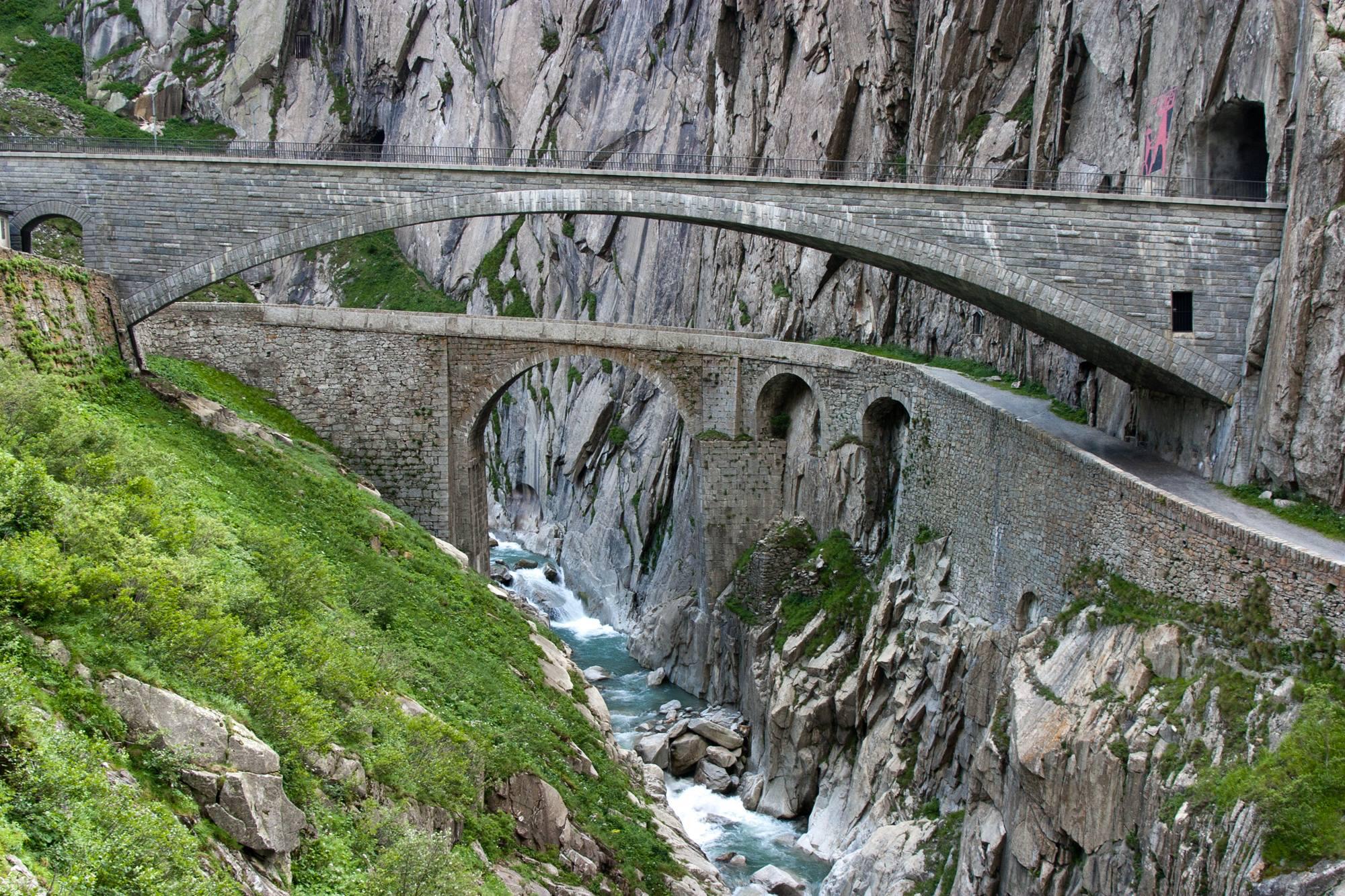 Les tunnels alpins de la 'Ndrangheta en Suisse