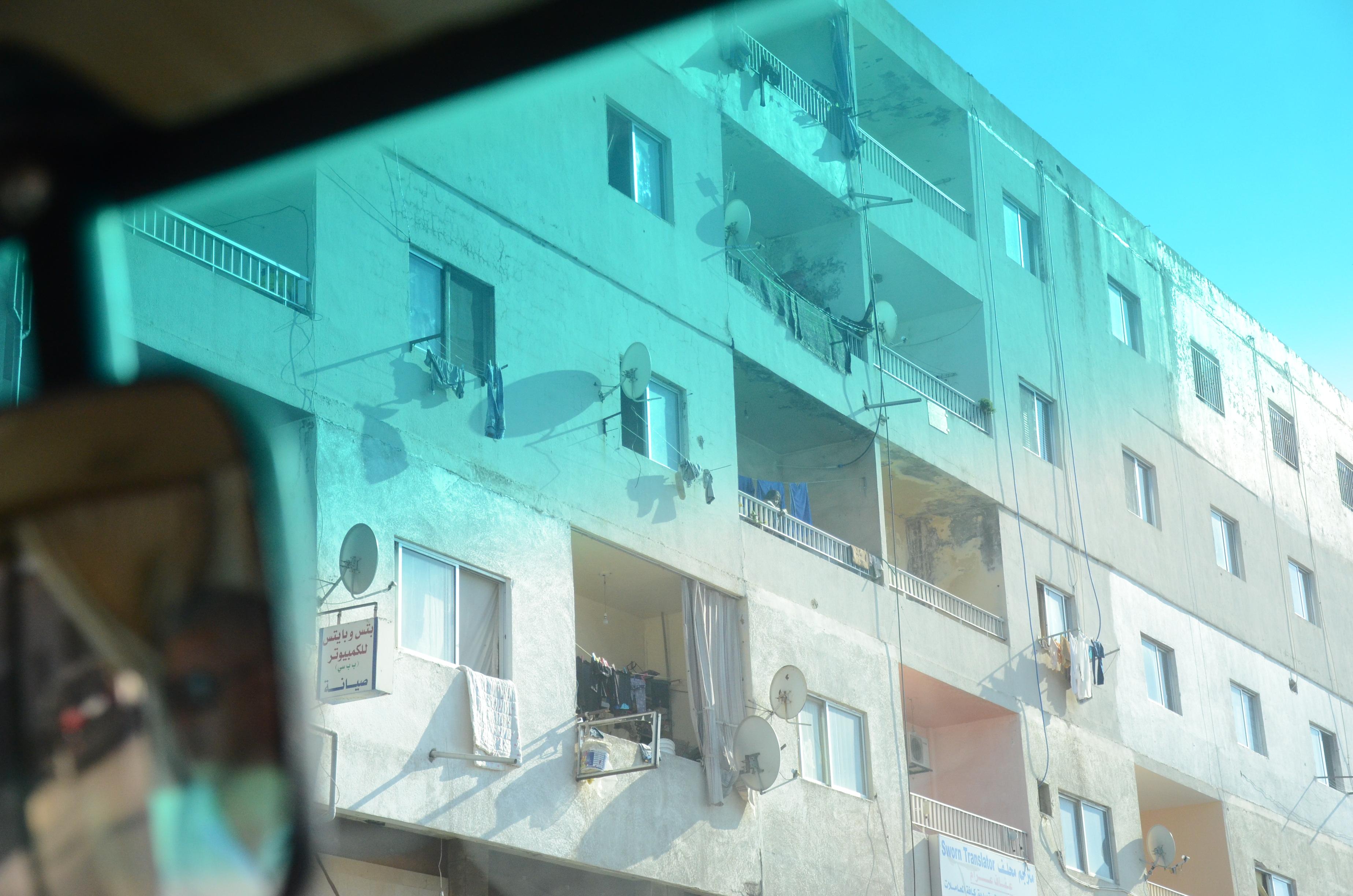 L'appartement de B. représente le seul endroit de la ville où il se sent en sécurité. [A.Python]