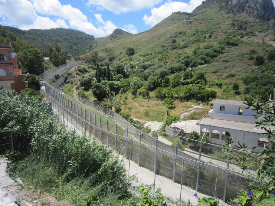 Europe forteresse – Barrières entourant Ceuta @ Teresa IL