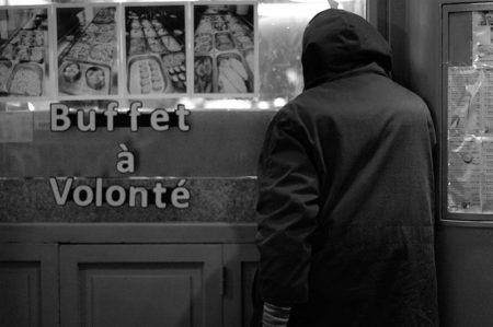 jet d'encre Lieux d'accueil bas seuil à Genève : la dignité en jeu